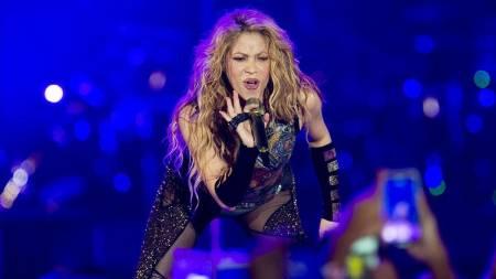VIDEO: La lluvia recibe a Shakira en Punta Cana para su concierto