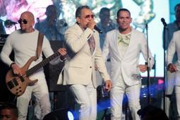 El merengue y la bachata, los reyes en el Latin Music Tour 2019