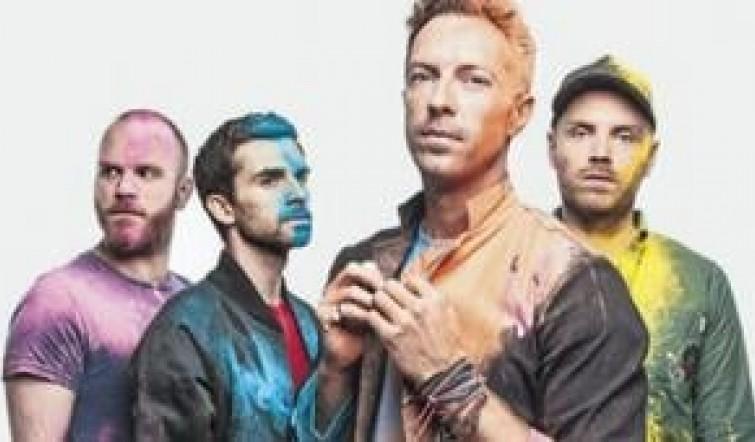 Coldplay vuelve con ganas de salir de fiesta